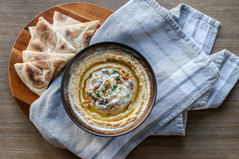 Mushroom Hummus with Pita Chips